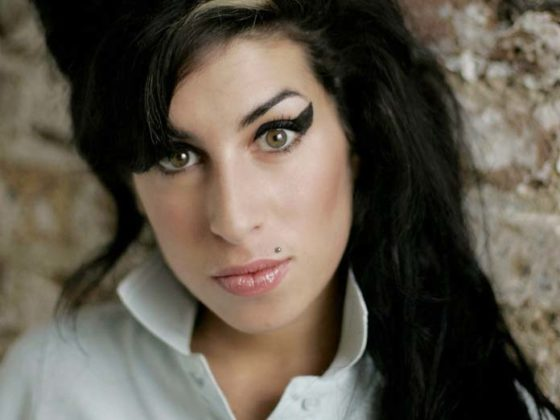 delineado estilo Amy Winehouse