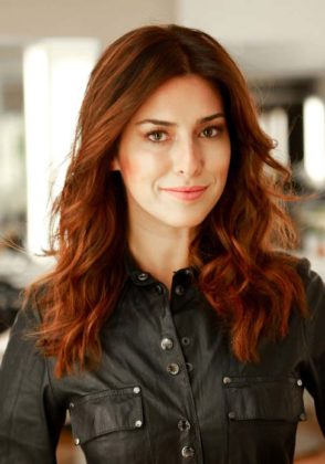 Morenas de cabelo ruivo